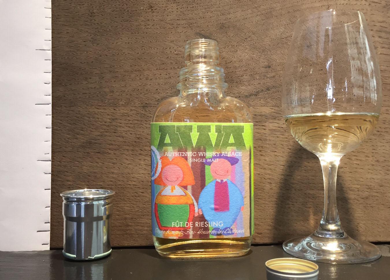 AWA fût de Riesling, fût de chêne second remplissage, fûts de Riesling, Authentic Whisky Alsace, Dennis Hanns, whisky Français, French whisky, embouteilleur indépendant, malt, Hepp.
