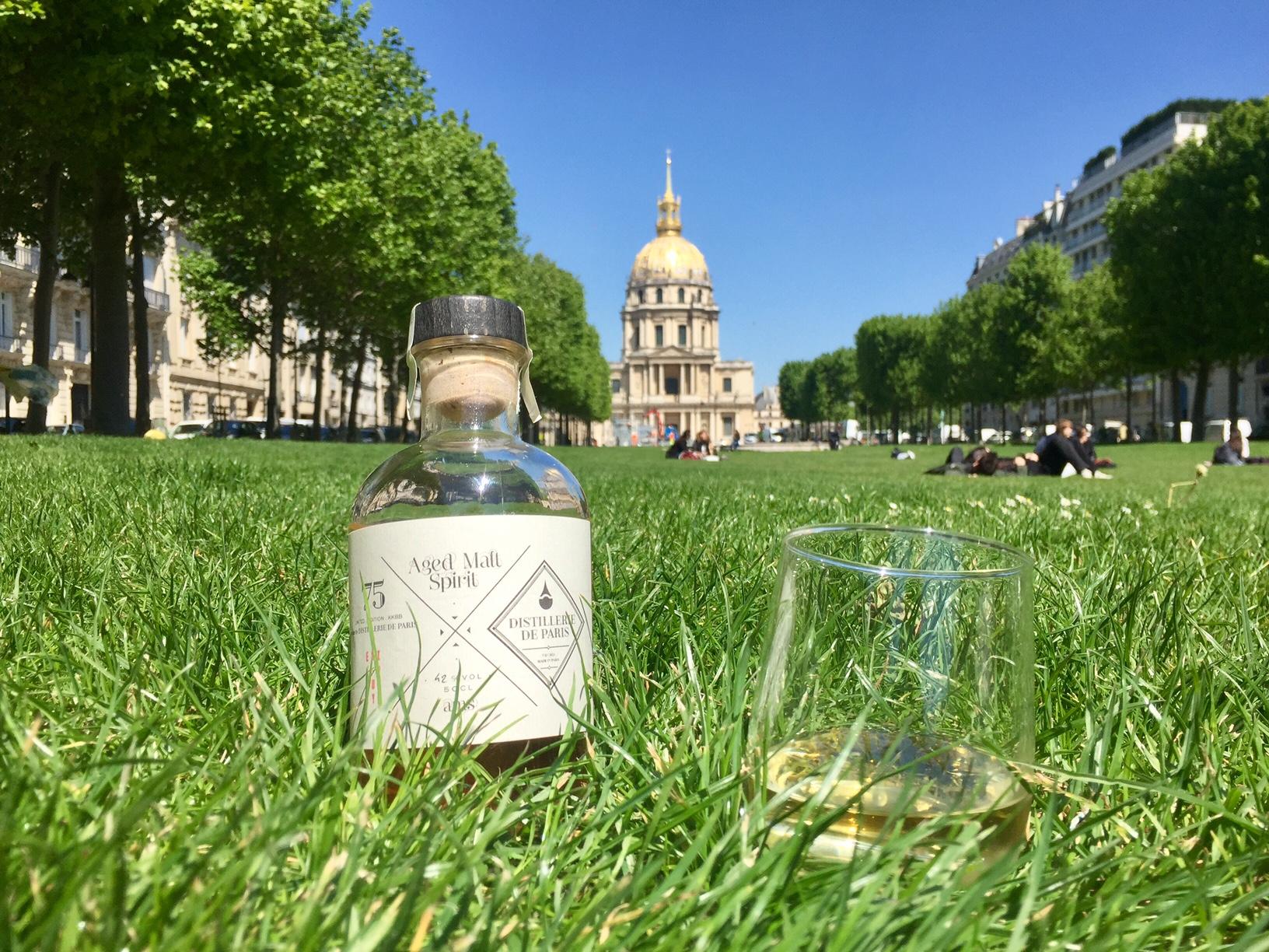 Distillerie de Paris, Paris, Sebastien Jhulès, Nicolas Jhulès, Aged Malt Spirit, orge maltée, Holstein, chêne Français, forêt de Tronçais, whisky français, french whisky.