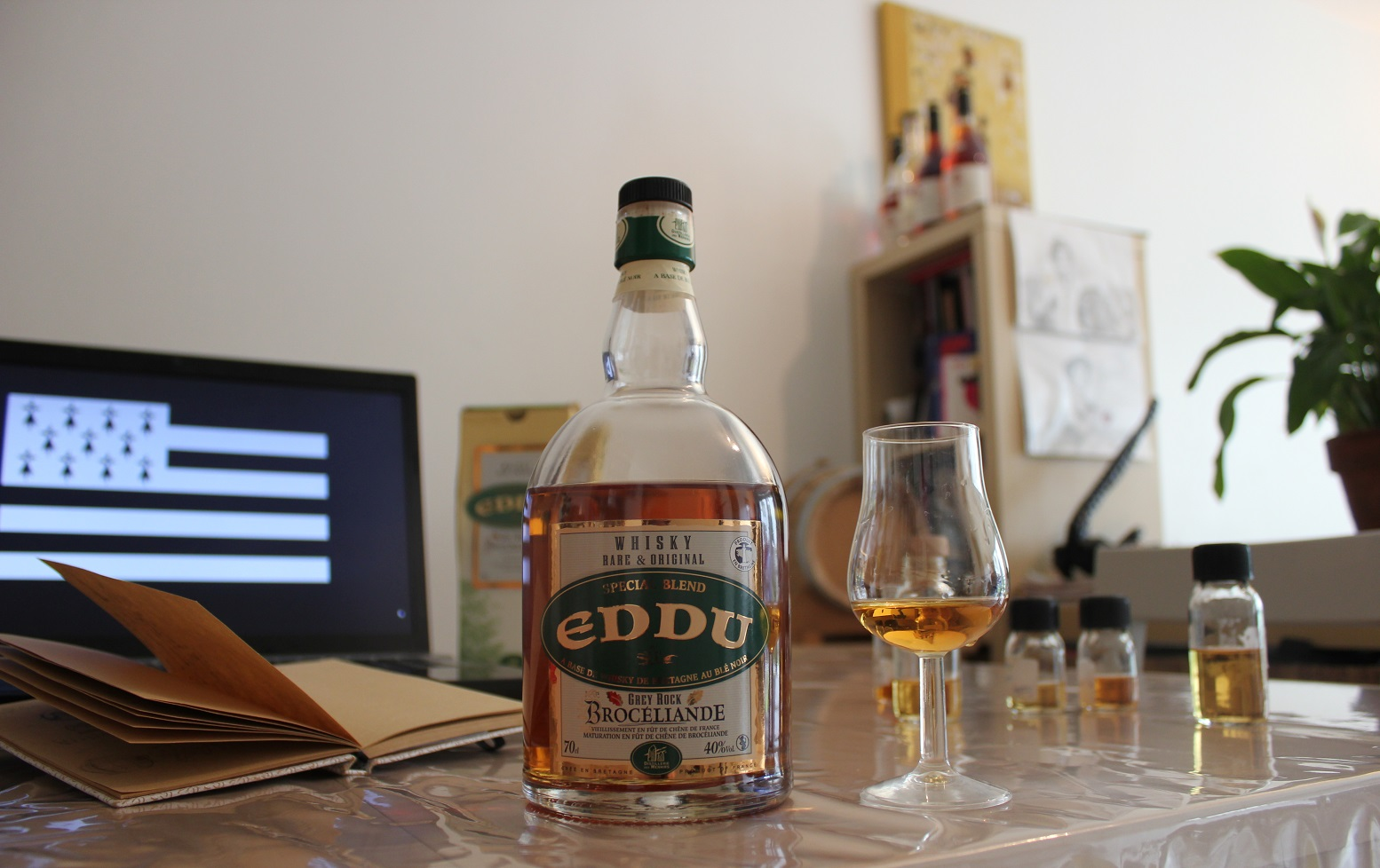 Eddu Grey Rock Brocéliande whisky Francais